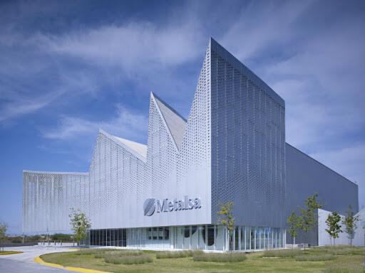 Специфика, размещение и особенности архитектуры промышленных зданий